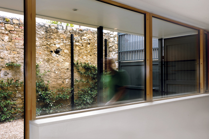 rere15prince_DSC_9126DSC_9136_studio-courtyard